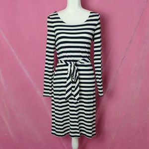2 for $20!! Banana Republic Striped Belted Dress S